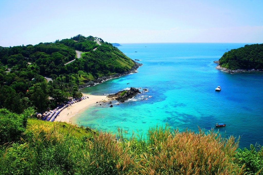 Popular snorkelling beaches in Phuket